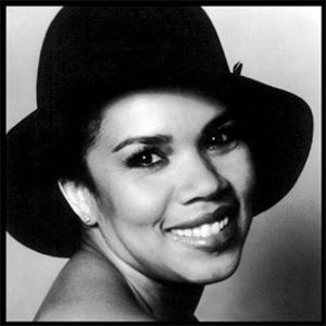Candi Staton Young Hearts Run Free Single played on the Soulful Etiquette Radio Show By Chris Stewart